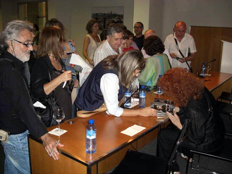 """Presentación del libro """"Así trabaja la fotógrafa Fina Lunes"""" Barcelona"""